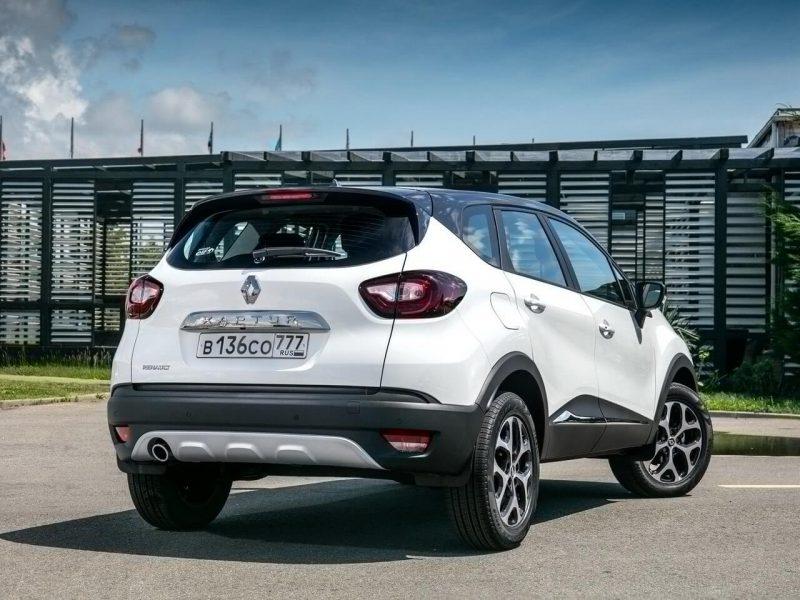 Вид сзади Renault Kaptur