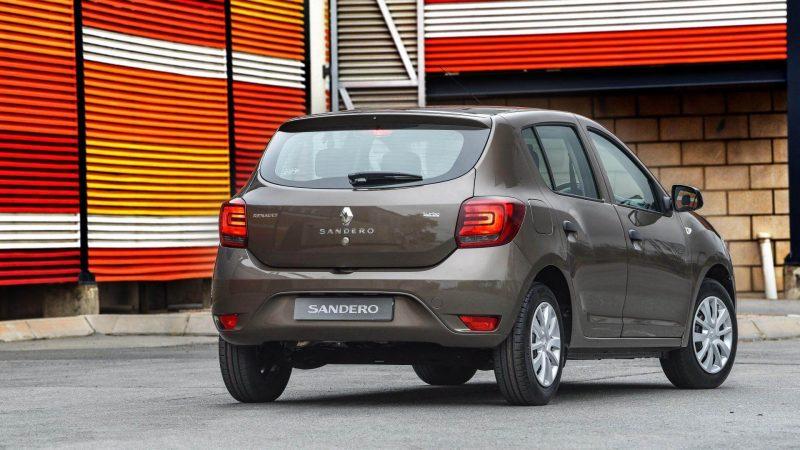 Вид сзади Renault Sandero