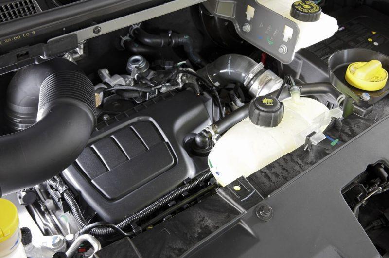 Рено Трафик 3 двигатель