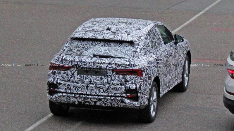 Фото Audi Q4