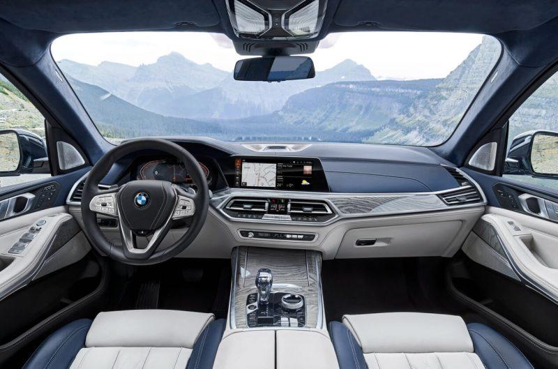 BMW X7 интерьер