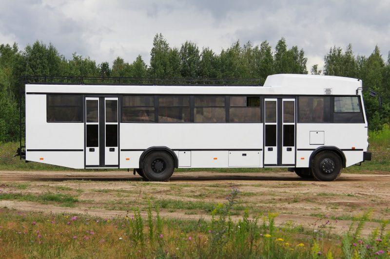 Вид сбоку МАЗ-131020