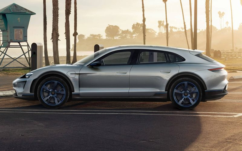 Первый электрический Porsche получит турбо-версию