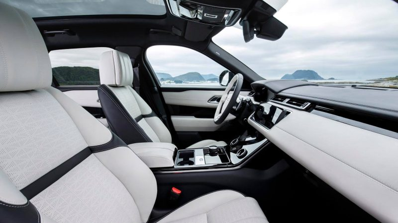 Range Rover Velar интерьер