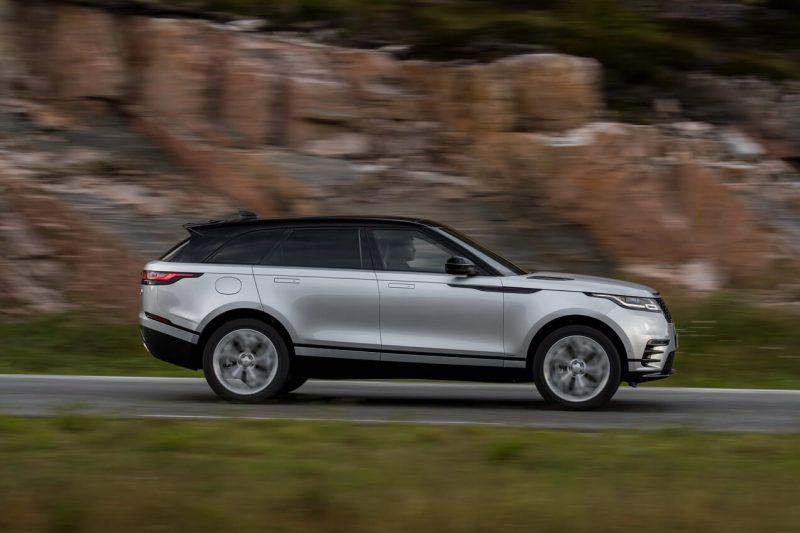 Вид сбоку Land Rover Range Rover Velar