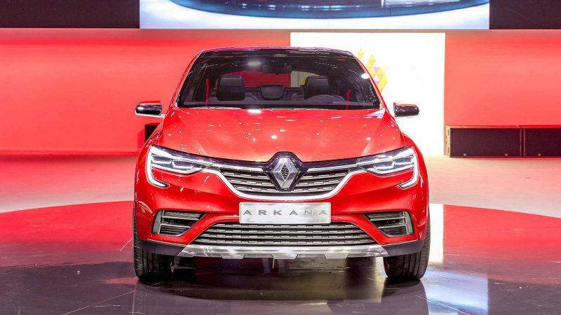 Renault Arkana вид спереди
