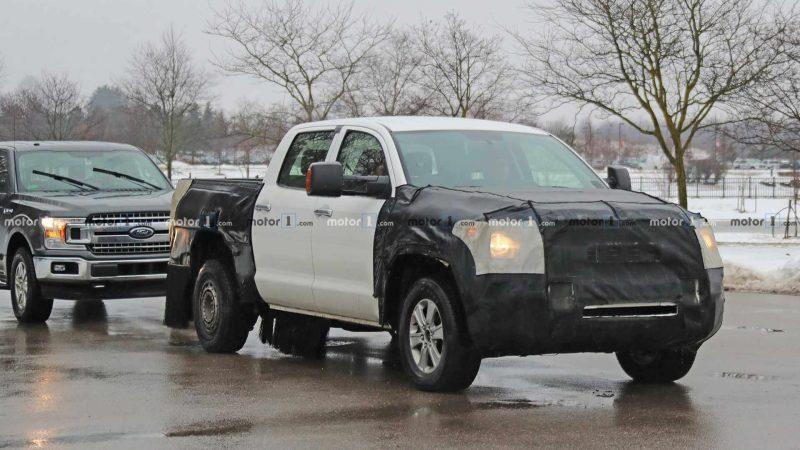 Авто Toyota Tundra