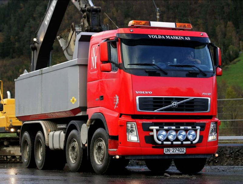 Volvo FH12 420 8×4