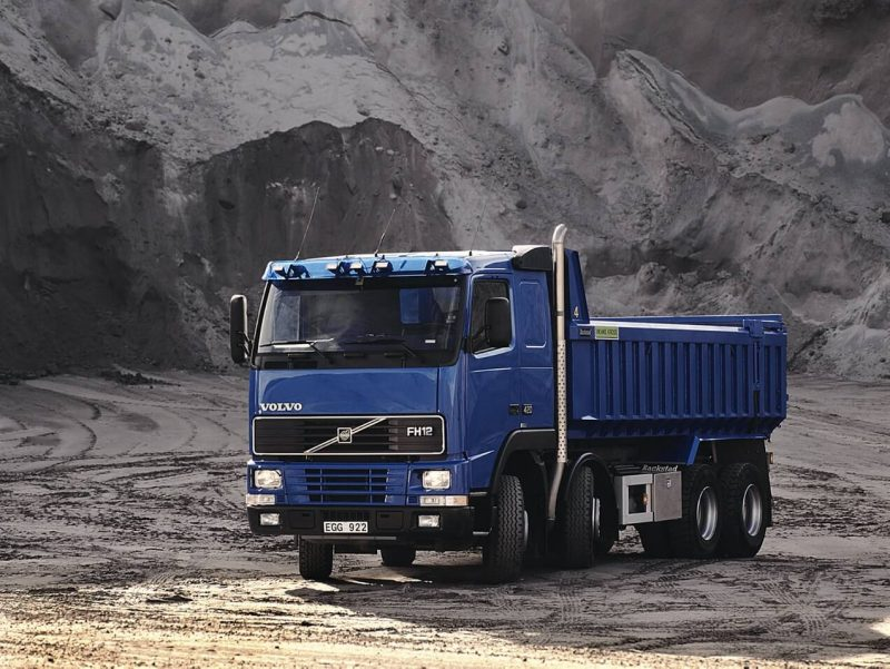 Фото Volvo FH12 Tipper