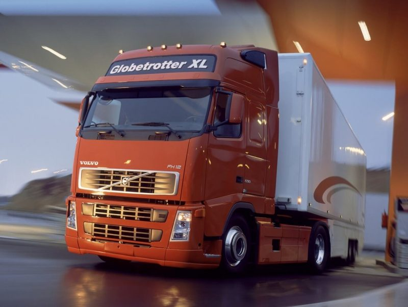 Volvo FH12 500 4×2 tractor Globetrotter XL