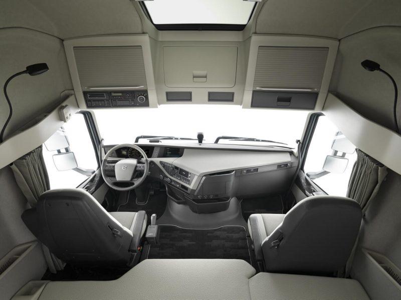 Интерьер Volvo FH 540