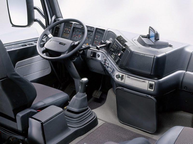 Интерьер Volvo FH12 Globetrotter XL Silver