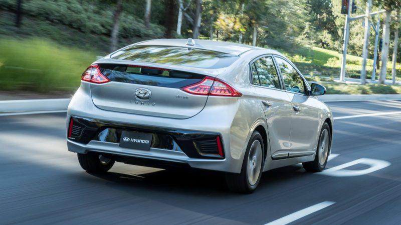 Вид сзади Hyundai Ioniq Electric