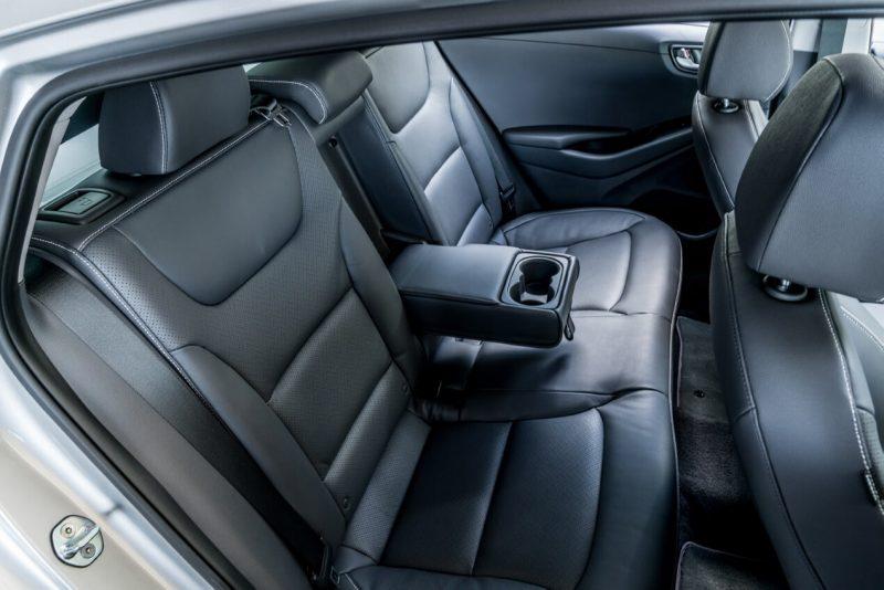 Задний диван Hyundai Ioniq