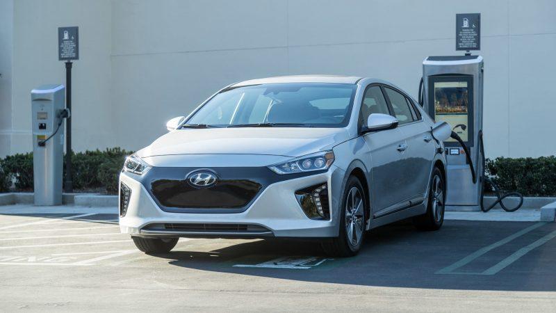 Зарядка Hyundai Ioniq EV
