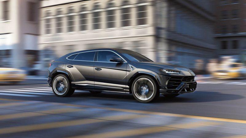 Фото авто Lamborghini Urus