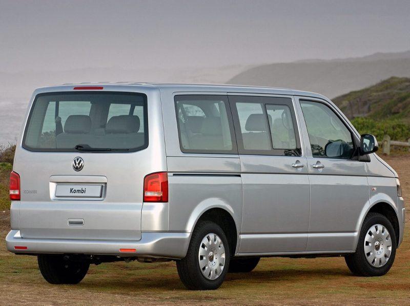 Вид сзади VW Transporter