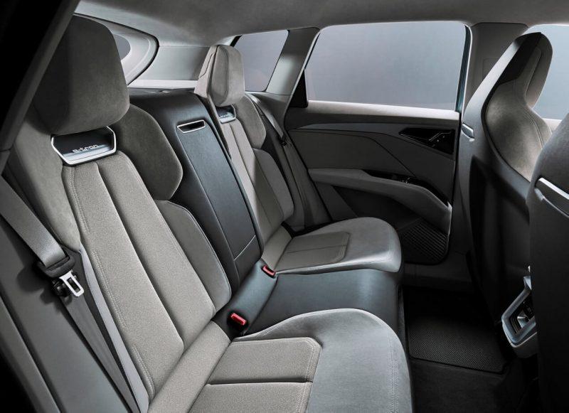 Задний диван Audi Q4 e-tron
