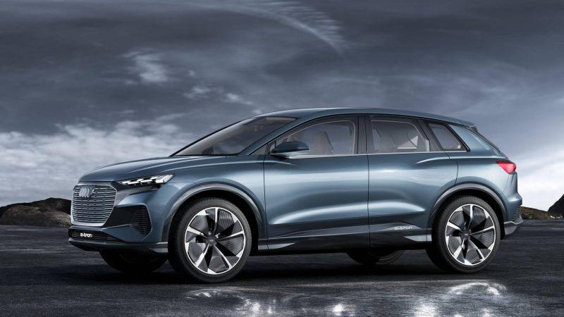 Audi Q4 e-tron вид сбоку