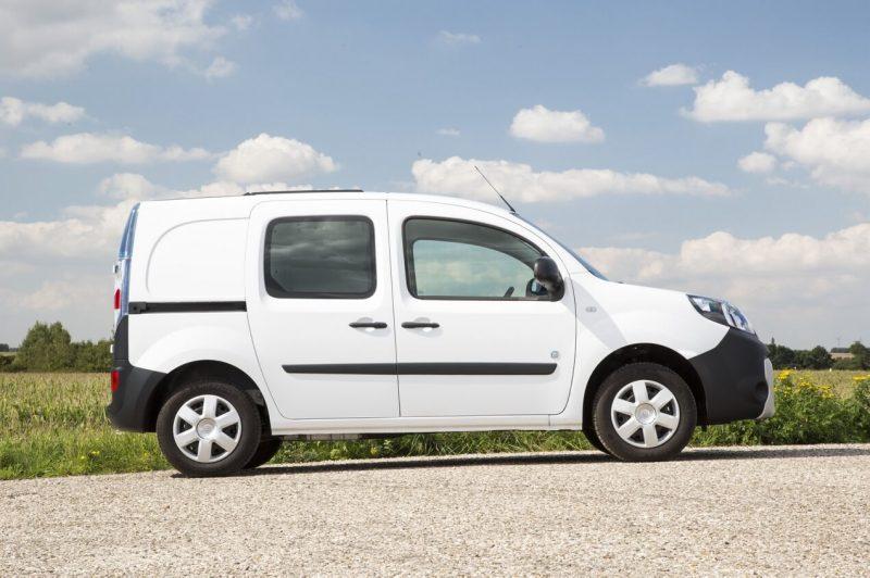 Renault Kangoo вид сбоку