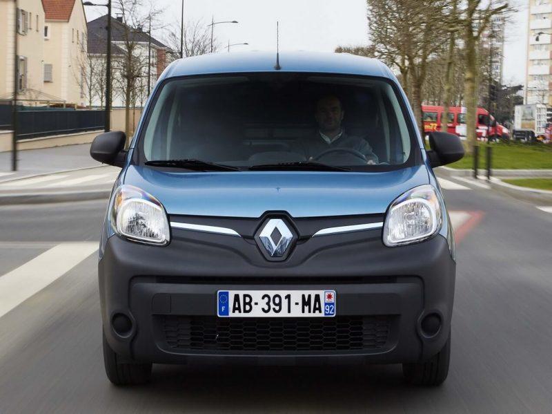 Renault Kangoo вид спереди