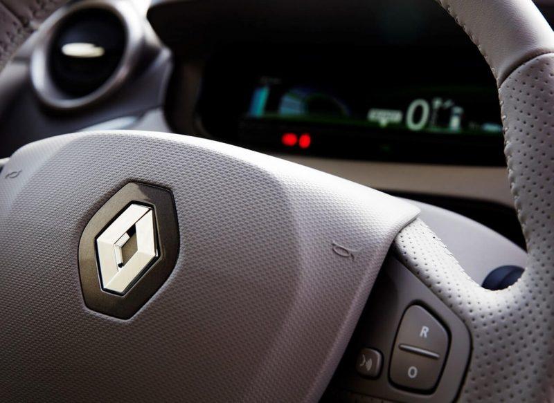 Фото салона Renault ZOE