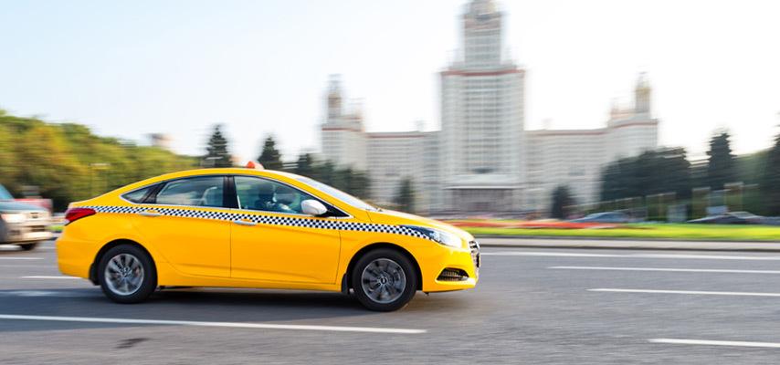Сколько можно заработать в такси на своей машине