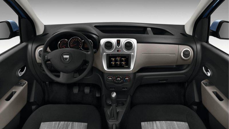Интерьер Renault Dokker