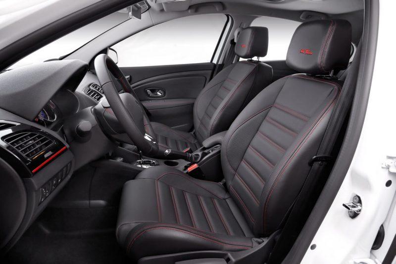 Интерьер Renault Fluence GT