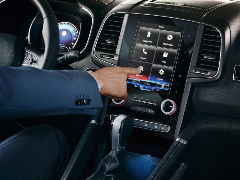 Бортовой экран Renault Koleos