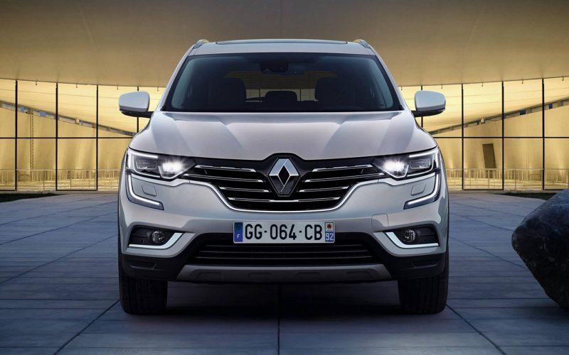 Вид спереди Renault Koleos II