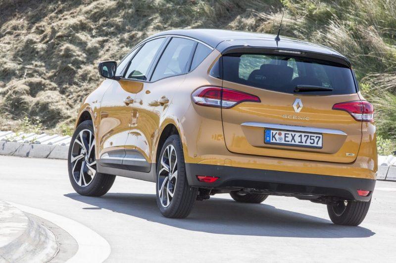 Вид сзади Renault Scenic IV