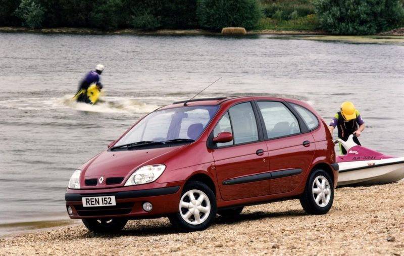 Авто Renault Scenic I поколение
