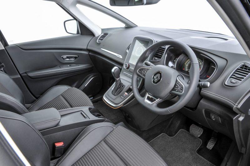 Интерьер Renault Scenic IV