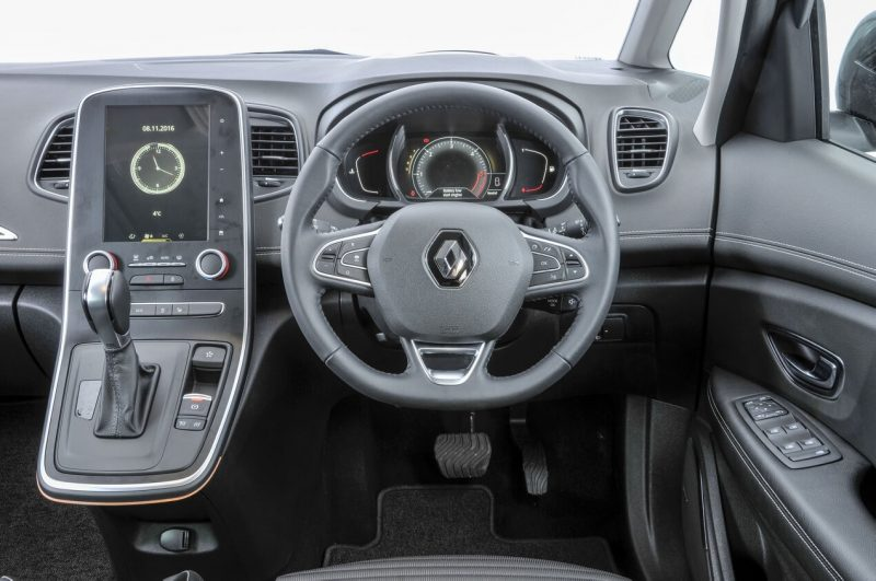 Салон Renault Scenic IV
