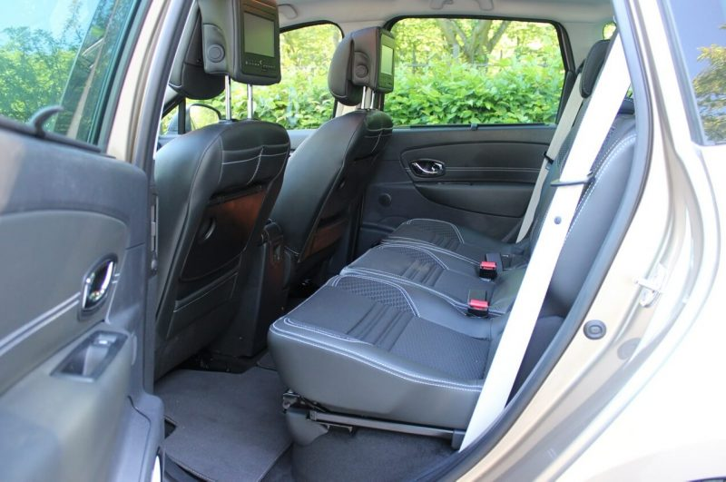 Задний диван Renault Scenic III