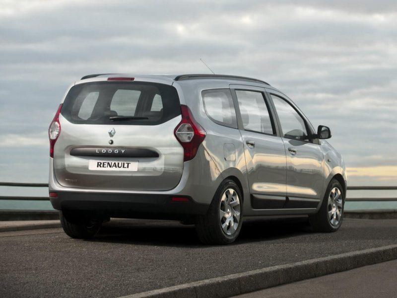 Renault Lodgy вид сзади