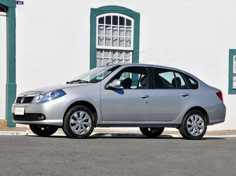 Renault Symbol 2010 года