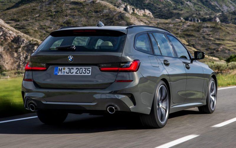 Вид сзади BMW 3 Series