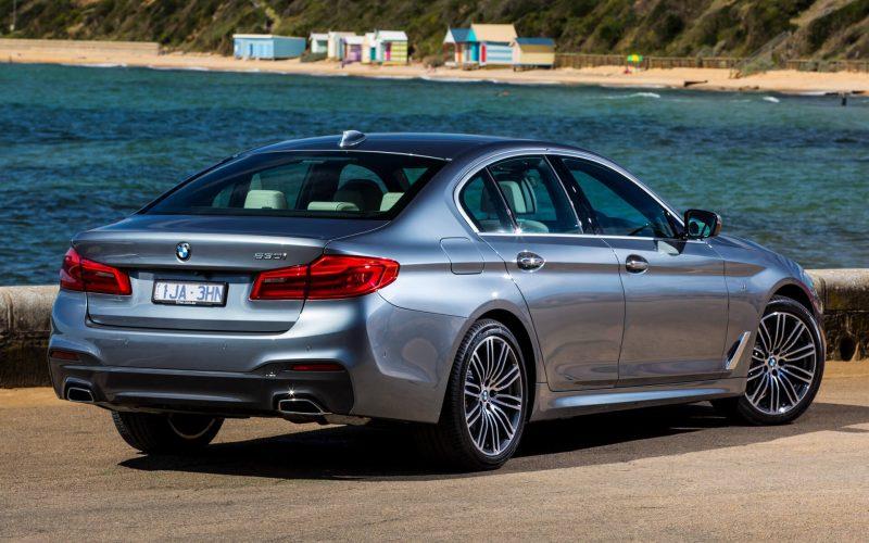 Вид сзади BMW 5-Series