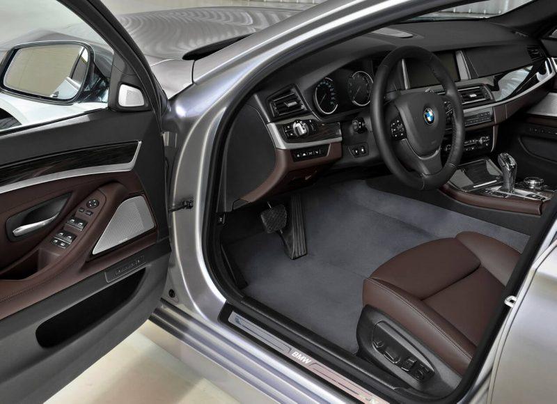 Салон BMW 5 Series (F10)