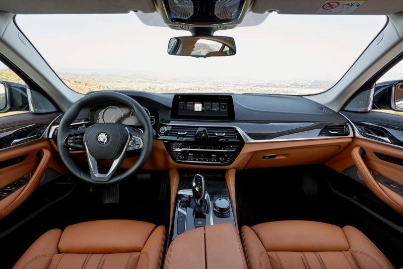 Интерьер BMW 5-Series