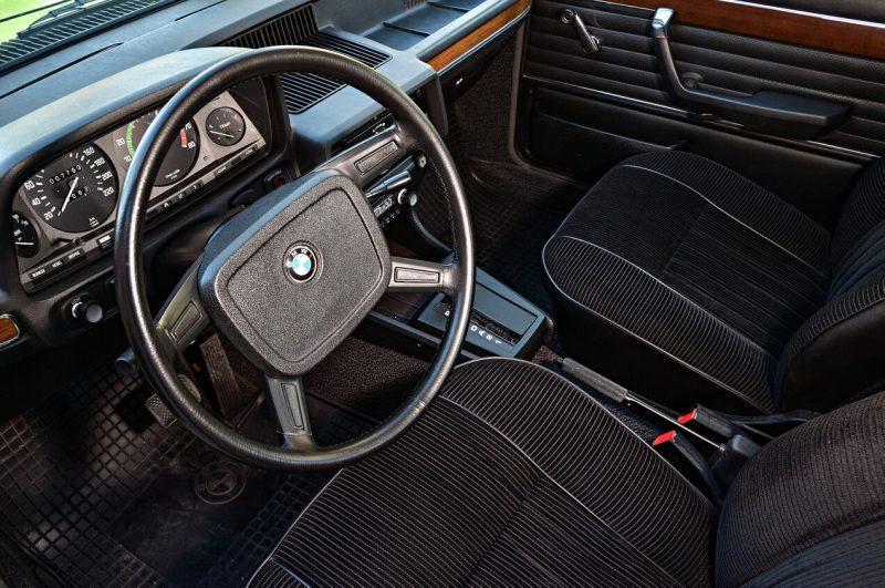 Рулевое колесо BMW 5 Series (E12)