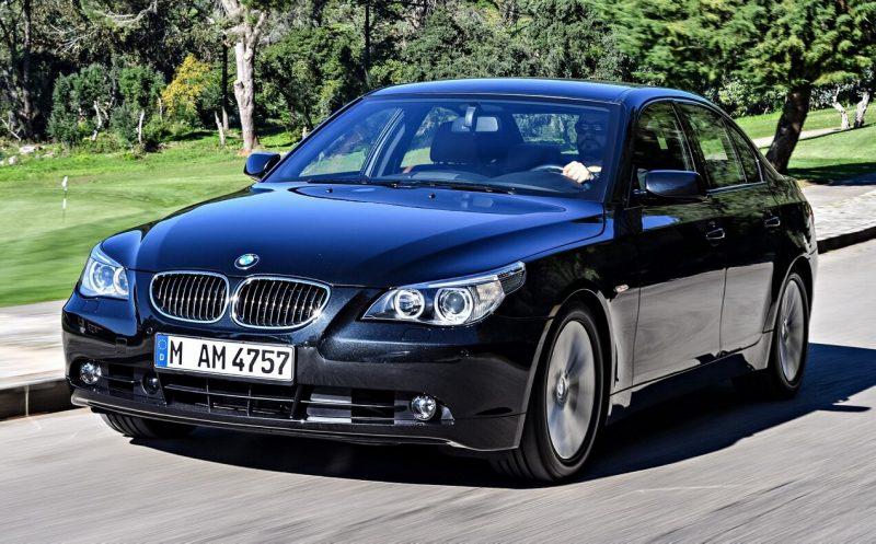 Авто BMW 5 Series E60