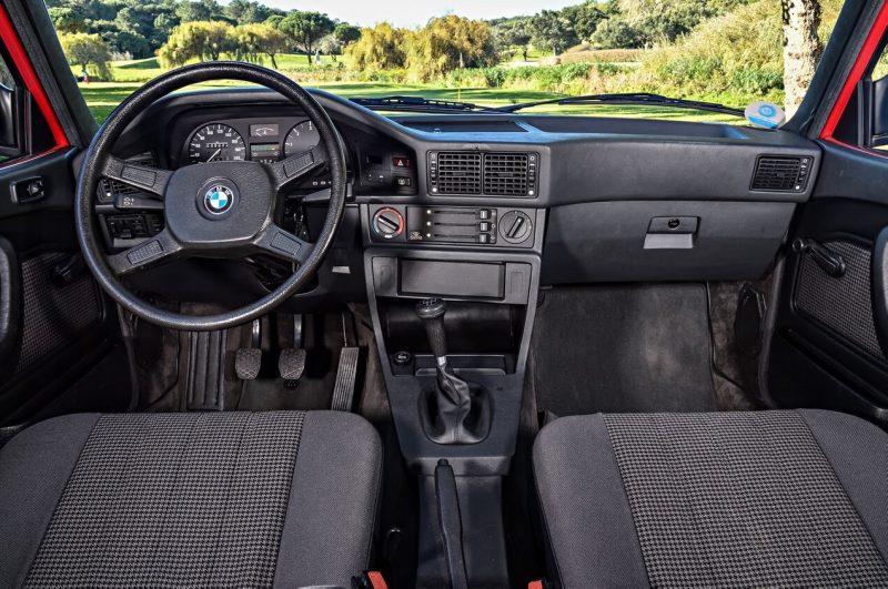 Интерьер BMW 5 Series (E28)
