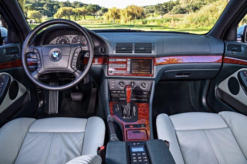 Интерьер BMW 5 Series (E39)