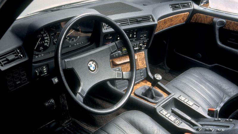 Интерьер BMW 7 Series (E23)