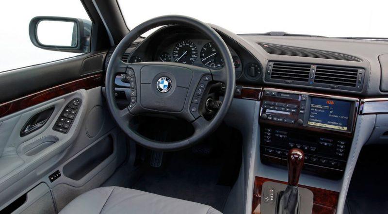 Интерьер BMW 7-Series E38