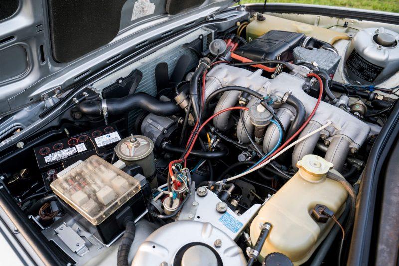 Двигатель BMW 7 Series (E23)