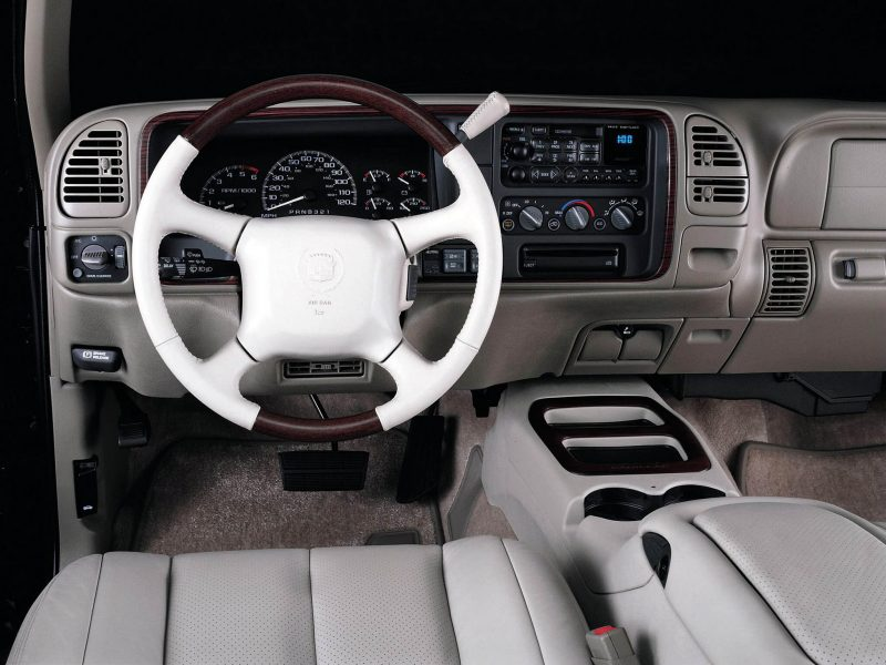 Интерьер Cadillac Escalade